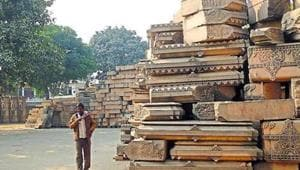 Muslims opposing Ram temple should go to Pakistan: UP Shia Waqf board...