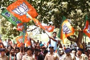 BJP secures support of regional parties, all set to return to power in Goa