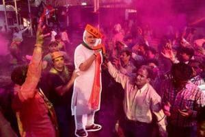 Modi may hold roadshow in Delhi; BJPto meet over CM faces in UP, Uttarakhand