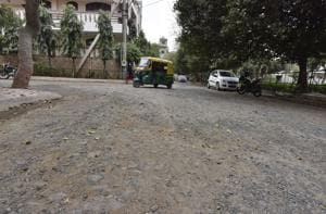 Gurgaon: South City 1 residents want broken roads repaired