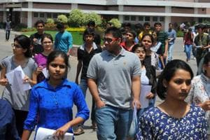 IIT JEE Main 2017 admit cards released, download them here