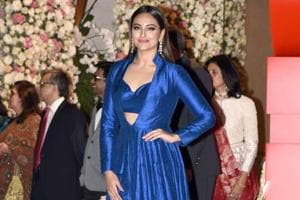 Sonakshi Sinha says she would like to work on a rom-com.