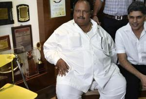 Cop fat-shamed by Shobhaa De develops post-operation complications