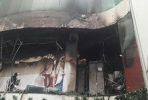 Dhoni and team rescued after hotel catches fire in west Delhi