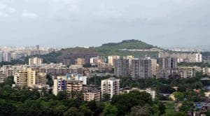Theft, drugs and disparity in Mumbai's jam-packed eastern suburbs