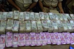 Fake currency worth over Rs 15 lakh seized post note ban at...