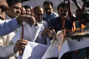 19 Maharashtra MLAs suspended for ruckus during budget, opposition...