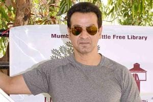 Ronit Roy says he doesn't think Bollywood looks down upon television...