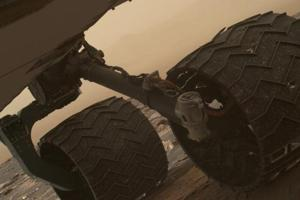 The mission's first and second breaks in raised treads, called grousers, appeared in a March 19 image check of the wheels, documenting that these breaks occurred after the last check on January 27.