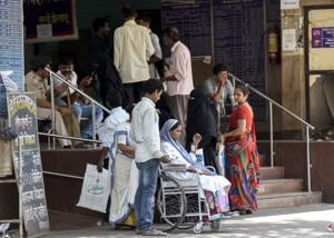 Doctors' strike enters fourth day, cripples health care in Maharashtra