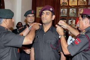 Mahendra Singh Dhoni says, 'zara yaad karo kurbani' on Martyrs' Day