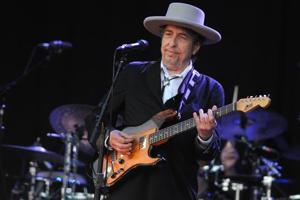 Bob Dylan talks of Amy Winehouse, music and girlfriends past in candid...