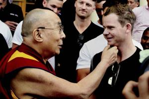 Dalai Lama gives stress-busting pills to Steve Smith's Australians in...