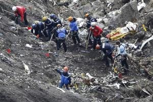 Father of Germanwings' pilot says son was not suicidal, carbon...