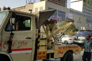 Noida approaches Delhi planning agency to maintain parking lots