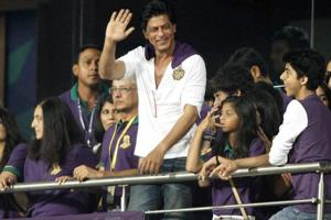 Knight Riders row: ED notices to Shah Rukh, Juhi Chawla over share...