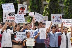 Resident doctors in Maharashtra call off five-day protest, resume...