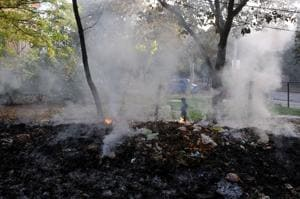 Gurgaon residents demand an end to waste burning