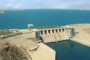 Islamic State warns Syrian dam at risk of collapse, evacuates...