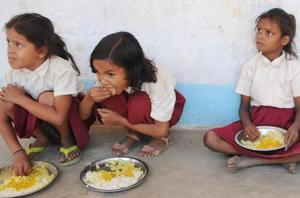Midday meal scheme: Aadhaar exposes 4.4 lakh 'ghost students' across 3...