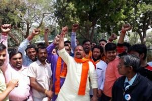 Bajrang Dal activists raid meat packaging unit in Meerut, beat up...