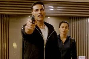 Akshay Kumar: If a guy touches you, don't panic. Hit him back and run