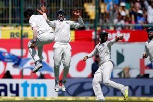 Ravindra Jadeja, Umesh Yadav bowl out Australia; India on cusp of series win