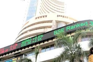 Sensex recovers on global cues, Trump anxiety subsides