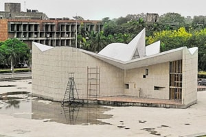 Panjab University  gasping for funds, fee hike a necessary step
