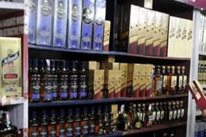 Liquor prices down in Chandigarh, Bacchus lovers throng vends