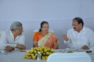 CPI(M) hints at saffron agenda in Speaker Sumitra Mahajan's lunch