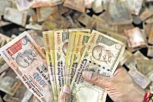 I-T dept seizes Rs 600-crore in cash, valuables post note ban