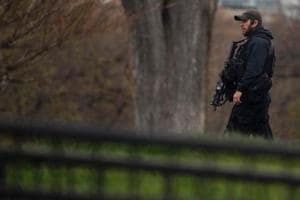 US Secret Service investigating suspicious package on White House...
