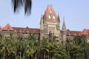 Mumbai man moves HC for exchange of old currency worth Rs 1L