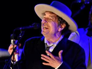 Bob Dylan to receive Nobel prize this weekend