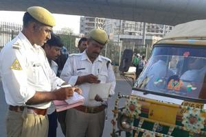 Noida traffic police continues crackdown on traffic violations