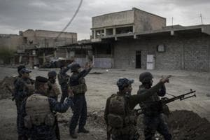 Mosul battle: Iraqi forces edge closer to al-Nuri mosque