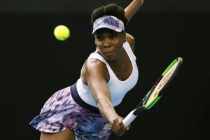 Venus Williams all smiles at Miami Open, Garbine Muguruza retires hurt