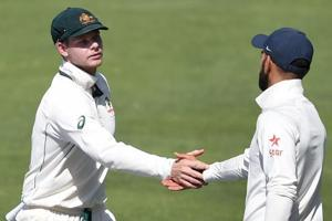 India vs Australia: Criticising pitch a defence mechanism - Dav...