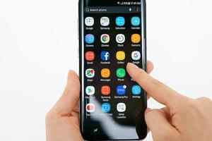 Samsung Galaxy S8,S8+ launch: Unique, top features and should you buy...