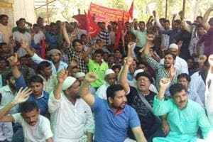 Noida meat shops illegal: Traders demand review of decision