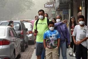 Pollution the biggest barrier against walking in India's metros, finds survey