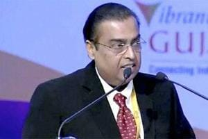 Mukesh Ambani Chairman of the RIL group of Industries addresses the gathering at the 4 days long 8th edition of the vibrant global Gujarat summit.