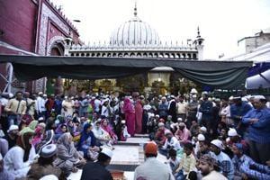 Observing Urs at Nizamuddin dargah