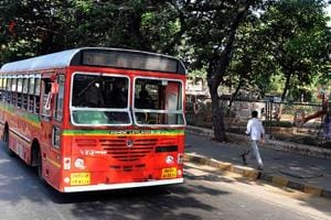In Mumbai: BEST mulls hiking fares by ₹4, reducing services to cut losses