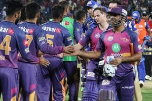 Steven Smith and MS Dhoni shaking hands after Rising Pune Supergiants defeated Mumbai Indians in their first Indian Premier League 2017 T20 match in Pune on Thursday.