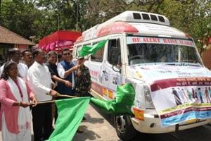 """Jharkhand assembly Speaker Dinesh Oraon flags off anti human trafficking caravan during the programme """"Be Alert Raise Alarm -Stops Human Trafficking """" organised jointly by state government ad US Consulate General (Kolkata) at Audrey house in Ranchi on Friday."""