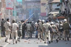 Police lathi charge stone pelters  in Mahatma Gandhi  Marg in Ranchi on Tuesday.