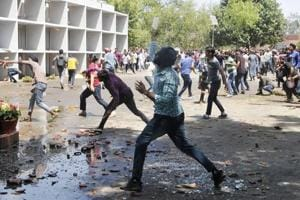 22 cops hurt in Panjab University fee­-hike protest
