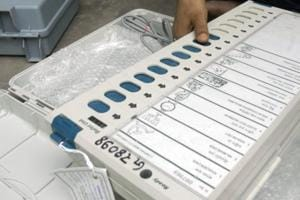 """The generation-1 electronic voting machines (EVMs), brought in for the municipal polls here, are """"foolproof"""" and the programme used in them """"cannot be manipulated"""", the Delhi State Election Commission has said."""